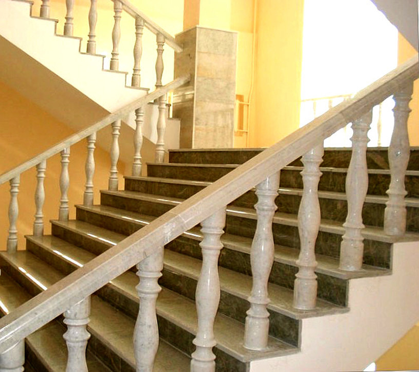 Плоские балясины - Строим лестницу в частном доме